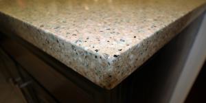square eased Edge counter top quartz